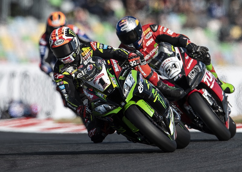 R11 Magny Cours WorldSBK 2019 Sunday Rea GB59399 copia