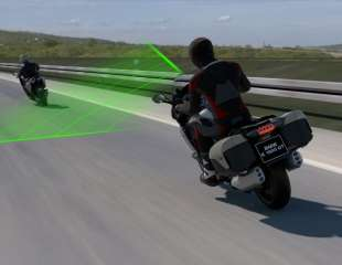 BMW Motorrad uvodi aktivni tempomat