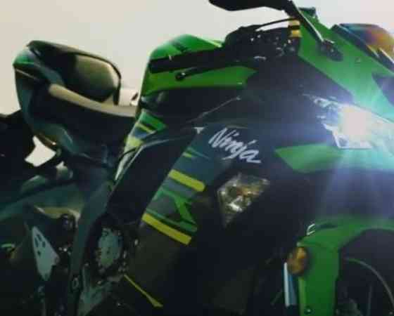 19MY Ninja ZX-6R action video